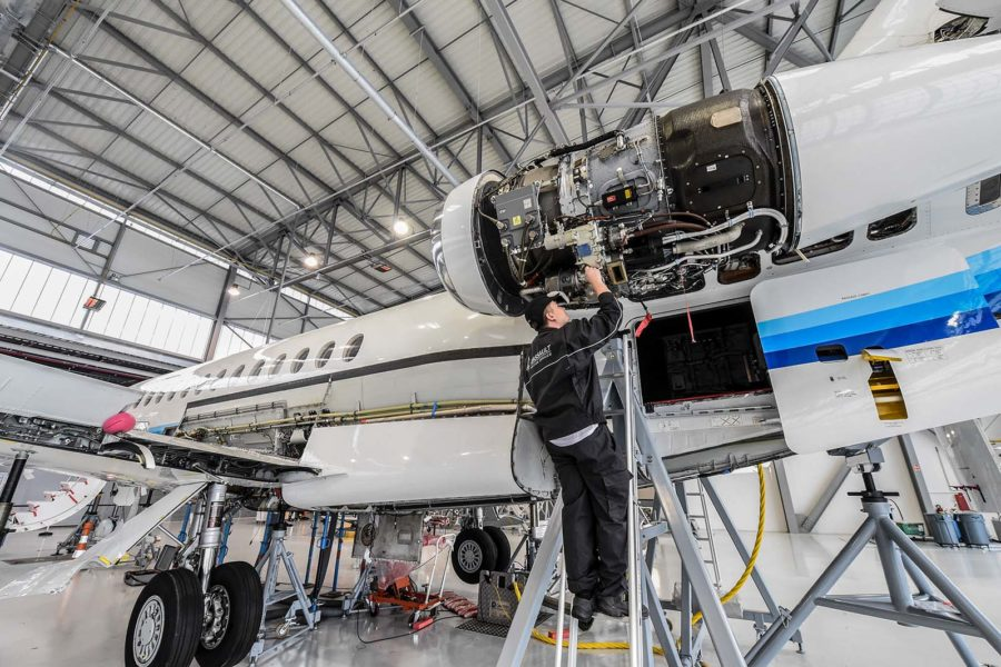 aviation mechanic shortage looms as risk for industry