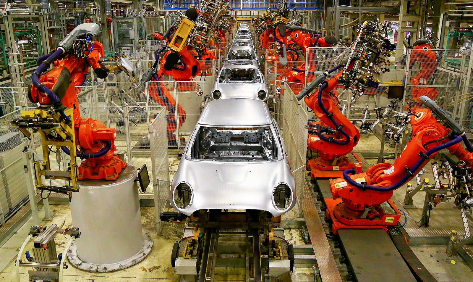 Are Robots 'Stealing' Productivity from Humans? – Brink – The Edge of Risk